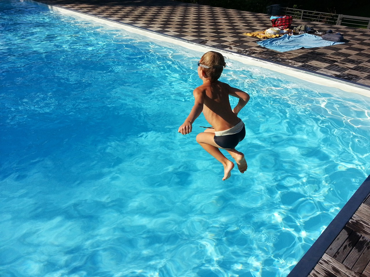 bazén s dítětem