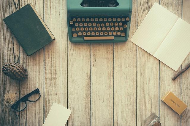 retro – psací stroj atd